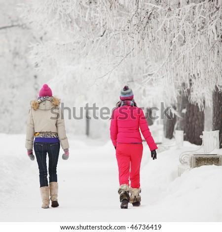 Retrato dois mulheres posando casual Foto stock © acidgrey