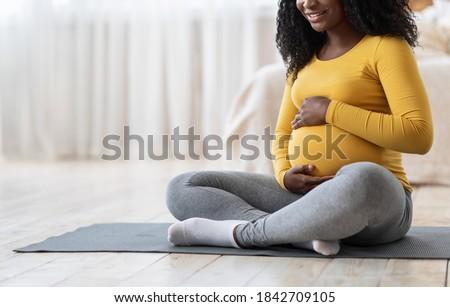 Obraz zagęszczony sportowe kobieta fitness wykonywania Zdjęcia stock © deandrobot