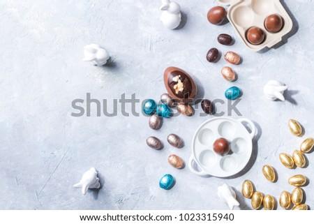 Colorido chocolate huevos de Pascua Pascua flor Foto stock © Melnyk