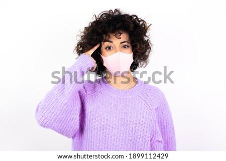 Mooie gelukkig meisje masker gevaarlijk virus Stockfoto © ruslanshramko