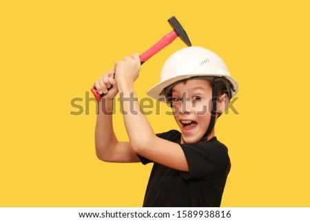 weinig · jongen · tools · glimlachend · boren · houten - stockfoto © hasloo