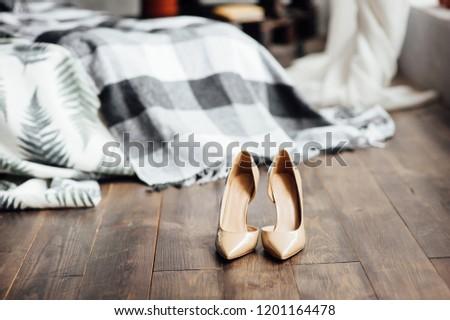 すごい 結婚式 靴 滞在 グレー ベッド ストックフォト © ruslanshramko