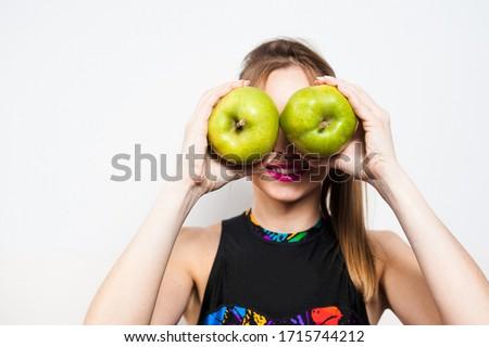kobiet · ręce · zielone · jabłko · jasne · zdjęcie - zdjęcia stock © wavebreak_media