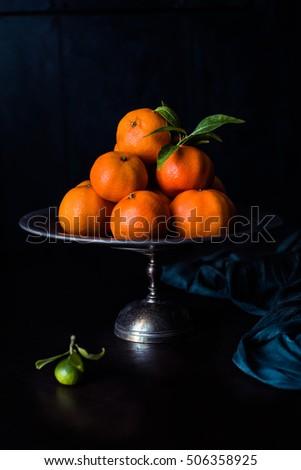 mandarin · narancsok · egymásra · pakolva · fém · edény · kicsi - stock fotó © faustalavagna