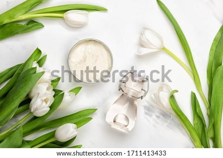 Szépség arc hidratáló krém virág szirmok Stock fotó © Anneleven