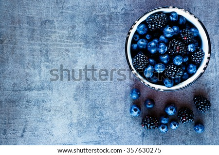 Gezonde voeding vers fruit bramen yoghurt smoothie haver Stockfoto © dash