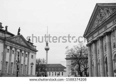 Detalle Berlín catedral famoso televisión torre Foto stock © elxeneize