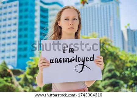 Mujer anunciante desempleados mano escrito Foto stock © galitskaya