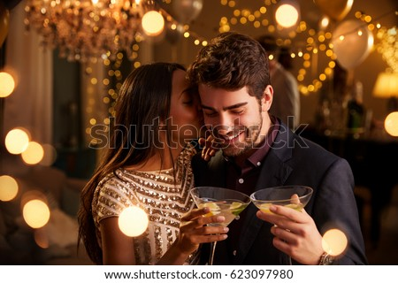 feliz · parejas · pub · cerveza · botellas - foto stock © wavebreak_media