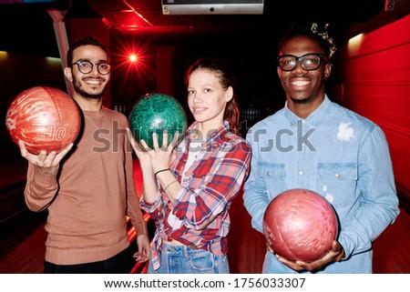 homem · jogar · handebol · contagem · goleiro · esportes - foto stock © deandrobot