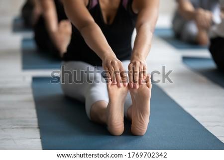 мнение молодые женщины йога учитель Сток-фото © wavebreak_media
