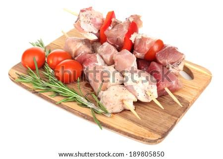 Crudo cerdo brocheta tabla de cortar verduras frescas Foto stock © DenisMArt
