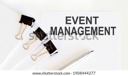 Sanal yönetim danışman mesaj beyaz klavye Stok fotoğraf © tashatuvango