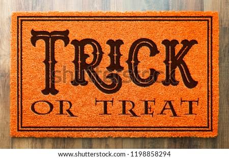 Trucco halloween arancione benvenuto pavimento in legno Foto d'archivio © feverpitch