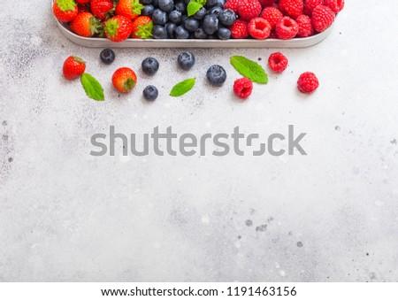 színes · fánkok · kosár · kő · asztal · étel - stock fotó © denismart