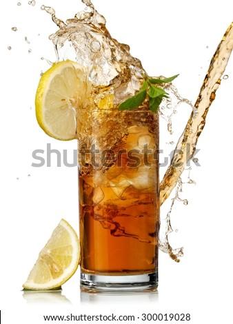 Vetro giallo bevanda fredda splash menta foglie Foto d'archivio © artjazz