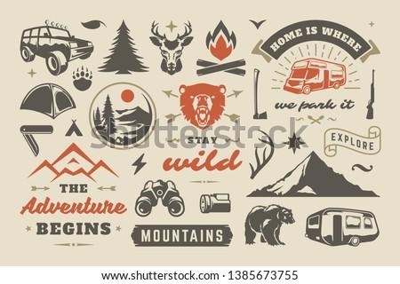 Dibujado a mano aventura logo taza campamento tienda Foto stock © JeksonGraphics