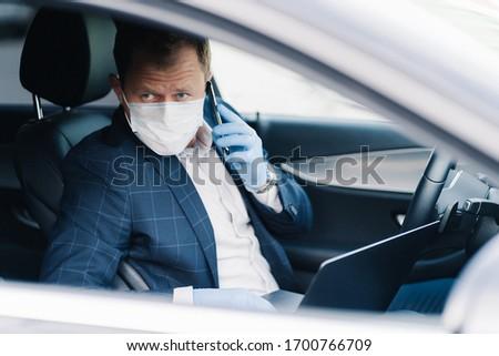 Komoly jómódú vállalkozó saját szállítás telefon Stock fotó © vkstudio