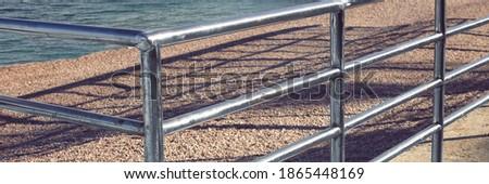Konkretnych schody metal poręcz żwir tekstury Zdjęcia stock © vlaru