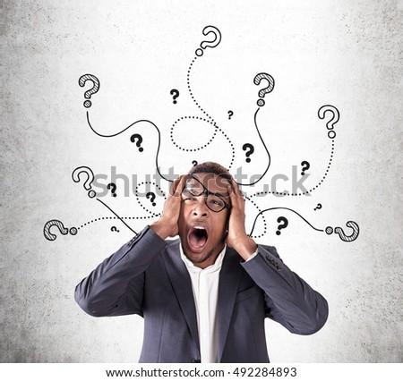 üzletember · bizonytalanság · kérdőjelek · felirat · munkás · jövő - stock fotó © stevanovicigor