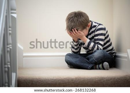 Zaklatott probléma gyermek lépcsőház megfélemlítés depresszió Stock fotó © Lopolo