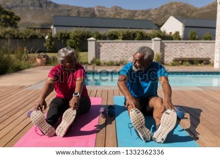 Ver ativo senior mulher Foto stock © wavebreak_media