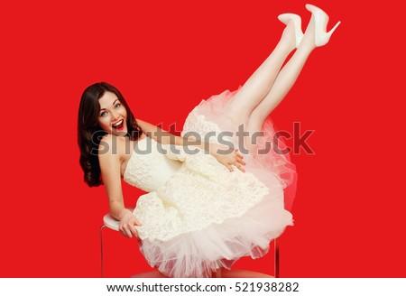 Piękna kobiet biała sukienka czerwony pończochy Zdjęcia stock © amok