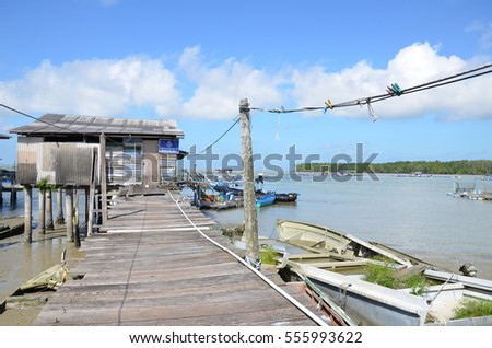 Scenic of Kukup village, a well known fishing village in Malaysi Stock photo © tang90246