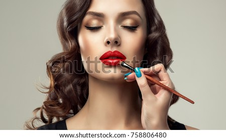 Szépség modell sminkecset fényes smink barna hajú Stock fotó © serdechny