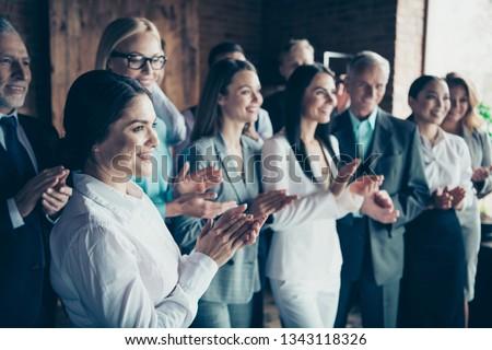 Widok z boku grupy różnorodny ludzi biznesu działalności Zdjęcia stock © wavebreak_media