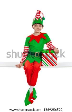 Boldog karácsony manó ül ajándék illusztráció Stock fotó © colematt