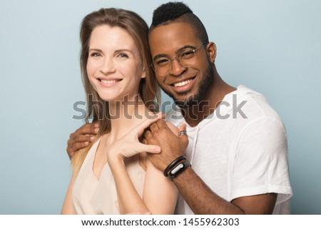 Fotó örömteli afroamerikai fickó lány tart Stock fotó © deandrobot