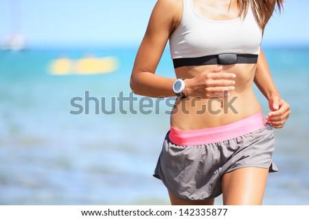 Saudável corrida menina corrida praia treinamento Foto stock © Maridav
