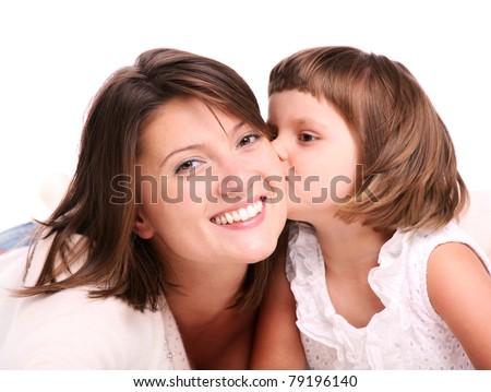 jong · meisje · zoenen · moeder · geïsoleerd · witte - stockfoto © dacasdo