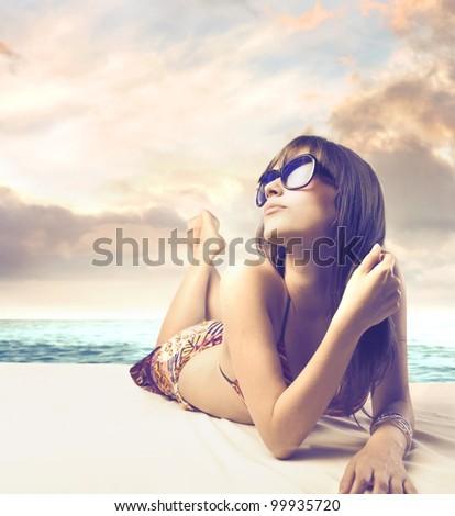güzel · bir · kadın · yüz · plaj · gün · batımı · bayan · portre - stok fotoğraf © victoria_andreas