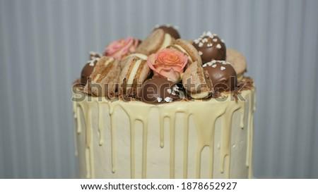 Töltött sütik díszített étcsokoládé olasz pisztácia Stock fotó © faustalavagna