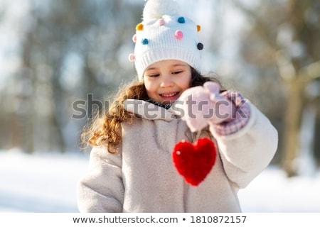 Zimą serca jak śnieg kształt serca miłości Zdjęcia stock © Hermione