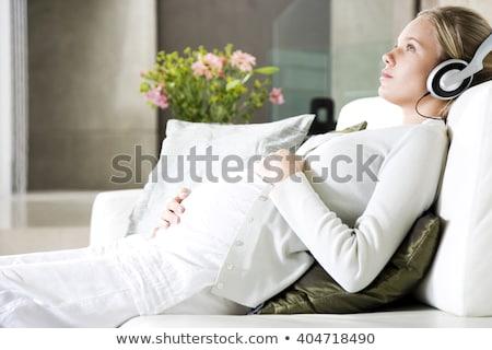 boldog · terhes · fiatal · nő · kanapé · ül · nő - stock fotó © photography33