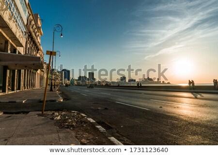 La · Habana · Cuba · horizonte · ciudad · edificio · azul - foto stock © haraldmuc