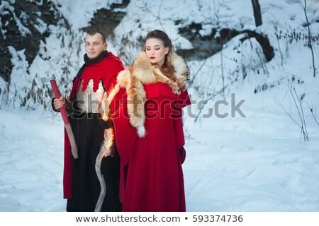 Belle jeune femme médiévale vêtements épée Photo stock © gsermek