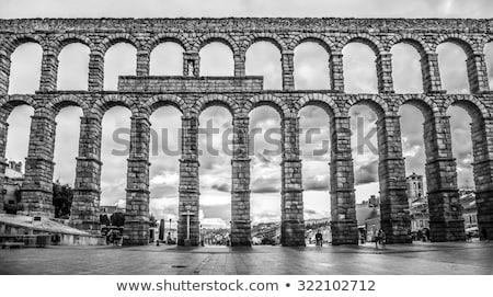 черно · белые · моста · Испания · квадратный · здании · архитектура - Сток-фото © rmbarricarte