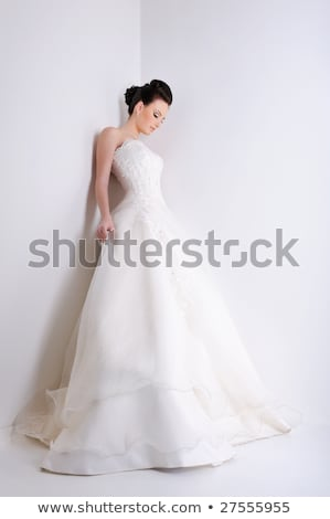 Menyasszony elegancia fehér esküvői ruha szépség fiatal Stock fotó © fanfo
