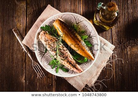 Füstölt makréla közelkép kettő friss zöldségek hal Stock fotó © Digifoodstock
