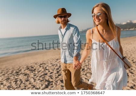 cute · vrouw · zonnebril · hemel · water - stockfoto © deandrobot