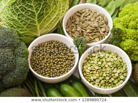 tazón · frijoles · chícharos · semillas · crudo · orgánico - foto stock © DenisMArt