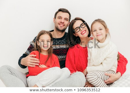 Madre padre dos hermanas mirar Foto stock © vkstudio