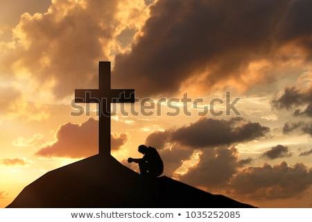 człowiek · krzyż · korony · ręce · młodych - zdjęcia stock © lovleah