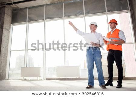 экспертиза · архитектора · инженер · плана · глядя · здании - Сток-фото © photography33