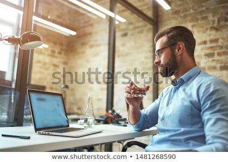 Stock fotó: Jóképű · üzletember · ivóvíz · iroda · lezser · ruha