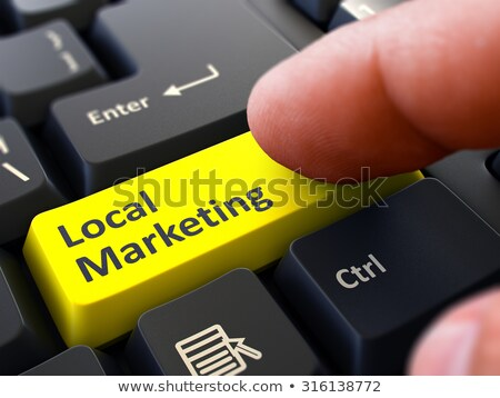 Lokaal marketing Geel toetsenbord knop mannelijke Stockfoto © tashatuvango